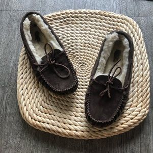 brown ugg dakota moccasin slipper